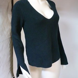 MINK PINK SPRUCE COLOR SWEATER SZ SMALL NWOT